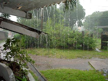 Rain_accra_oct03.jpg